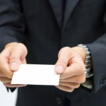 名刺交換の順番やタイミングは?上司や複数人を紹介する際のマナーも